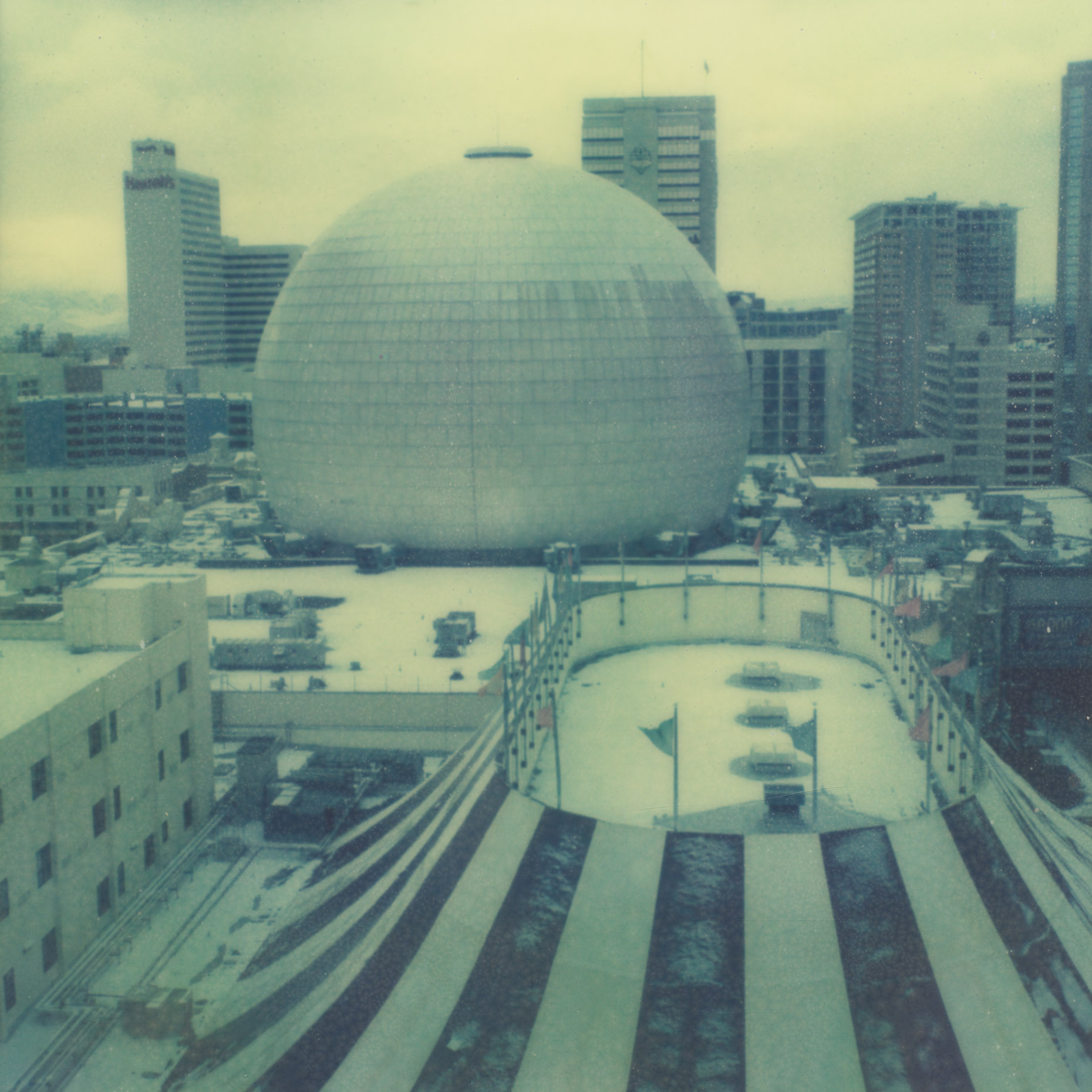 20121230-002-PX70CS-CO